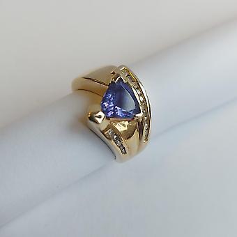Vintage Ring Gold 14K avec Tanzanite et Diamants Taille Triangle