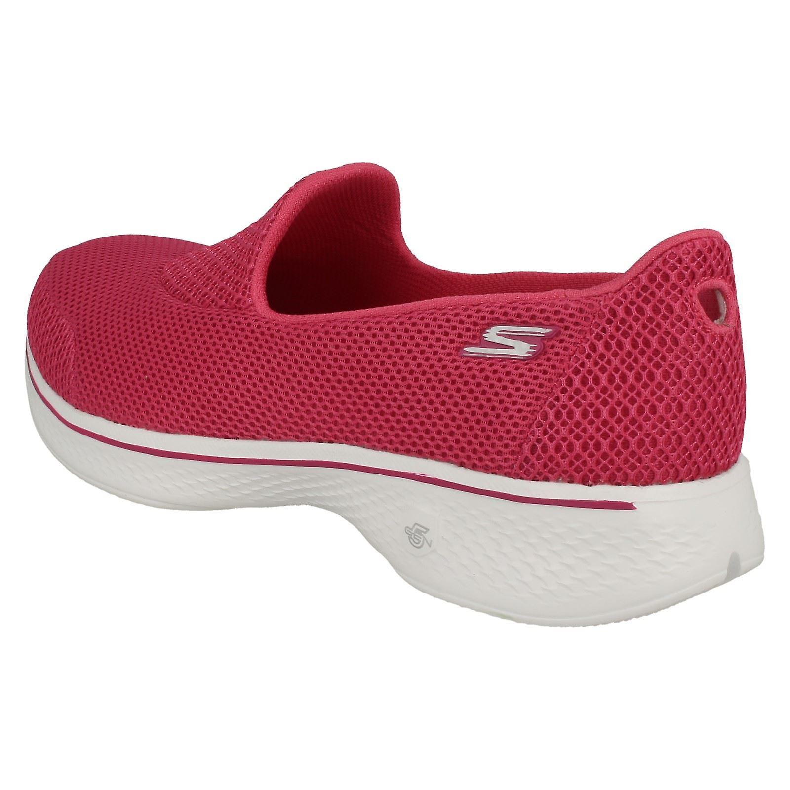 Ladies Skechers Slip On Trainers Propel 14170