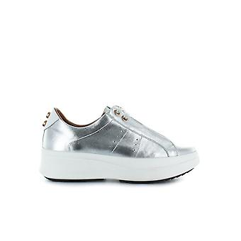 ALEXANDER SMITH SILVER LAMINATED SNEAKER