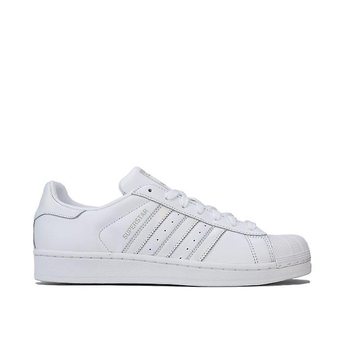 Women's adidas Originals Superstar Trainers in White cB2Yf
