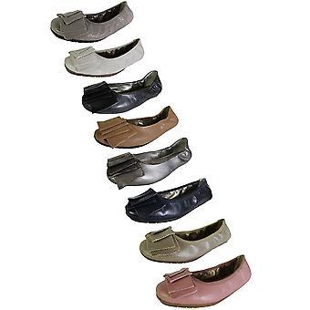 Me Too Womens Lilyana Leather Ballet Flat Shoe