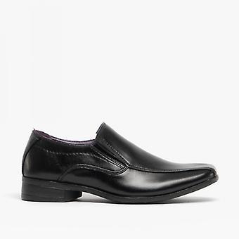 Amerikaanse Brass Raven jongens faux leder slip op school schoenen zwart