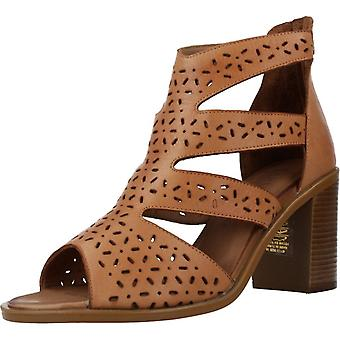 Carmela Sandals 67133c Color Camel