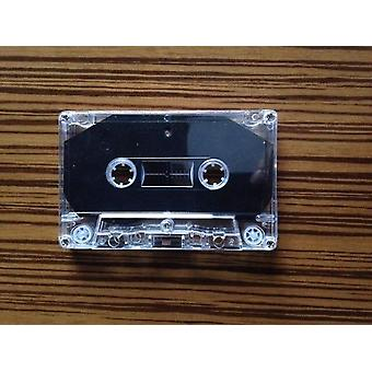 Nauhoitan tyhjiä kasettinauhoja.