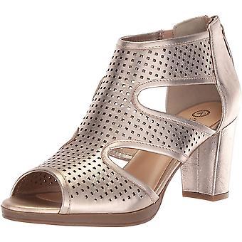 Bella Vita Women's Leslie Heeled Sandal Champagne Leather 10 N US