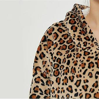 Lazy Blanket Hooded Blanket Sweatshirt Wear-resistant Blanket Men And Women Robe(Bw)