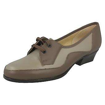 Ladies Nil Simile Narrow Fitting Smart Lace Up Shoes Beaufort