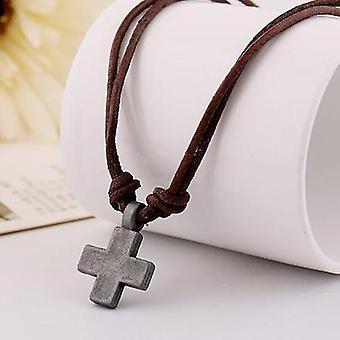 Collier minimaliste de pendentif de croix
