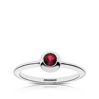 Università dell'Arkansas, Fayetteville Garnet Ring In Sterling Silver Design di BIXLER