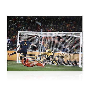 Andres Iniesta unterzeichnete Spanien Foto: World Cup 2010 Siegtreffer