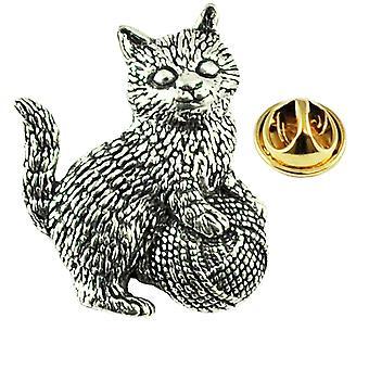 Δεσμοί πλανήτη γατάκι γάτα με μπάλα του μαλλιού αγγλικά πείρο πέπερ pin σήμα
