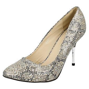 Hyvät paikalla metalliset hopeanväriset tuomioistuin kenkä