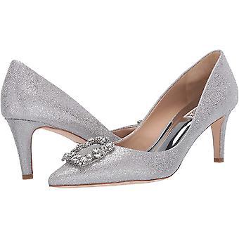 BADGLEY MISCHKA Femeiăs Pantofi Carrie Silver Fabric A subliniat Toe Classic Pompe