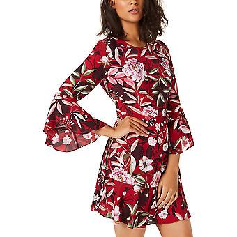 | البار الثالث طباعة فستان بأكمام الجرس