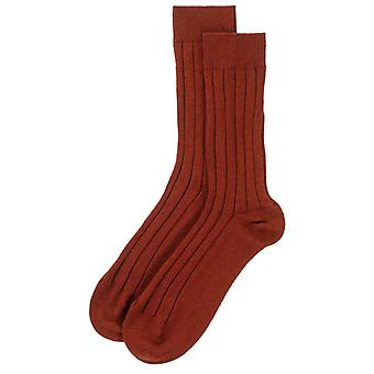 Johnstons of Elgin Ribbed Socks - Harissa Brown