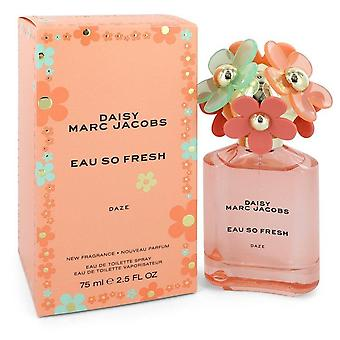 Daisy Eau So Fresh Daze Eau De Toilette Spray By Marc Jacobs 2.5 oz Eau De Toilette Spray