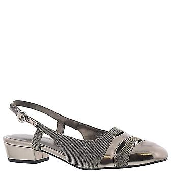 Ros Hommerson Womens Tempt Square Toe Special Occasion Slingback Sandals