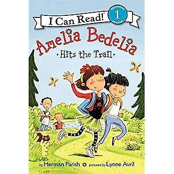 Amelia Bedelia frappe le sentier (je peux lire jeune Amelia Bedelia - niveau 1