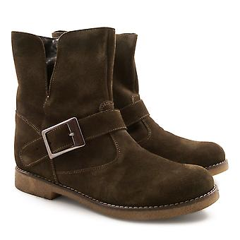 Leonardo Shoes Women's handmade low boots in dark brown suede leather