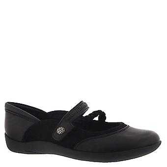 Bare Traps Women's Shoes BT24978 Leather Closed Toe Mary Jane Flats