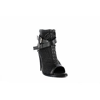 BCBGMAXAZRIA | Gia Leather Ankle Booties
