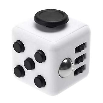 Fidget Cube pre lepšiu koncentráciu Biela/Čierna
