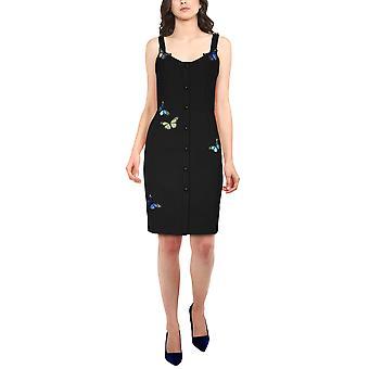 نجمة أنيقة بالإضافة إلى حجم فستان صغير applique باللون الأسود