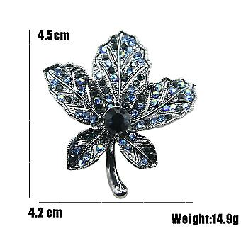 Retro Corsage Maple Leaf Ladies Brooch Delicate Christmas Brooch Pin