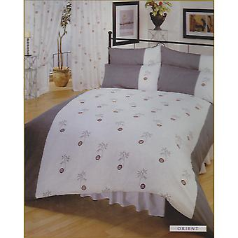 Single Orient Bumper Bedding Set Including Curtains