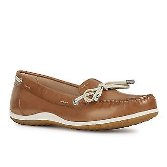 Geox D Vega MOC B naisten Moccasin kengät
