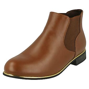 Ladies Spot On Chelsea Style Ankle Boots F50405