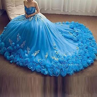 Une ligne avec appliques dentelle jusqu'à sweet 16 robes