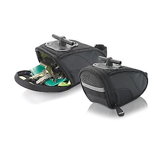 XLC saddlebags BA-S44