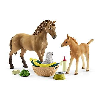 Schleich 42432 Horse Club Sarah�s Baby Animal Care Toy (42432)