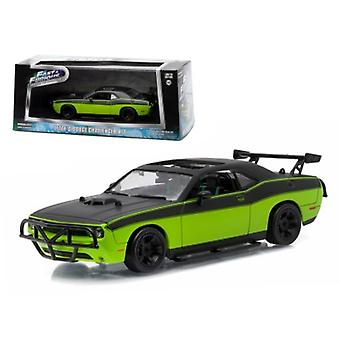 Letty-apos;s 2014 Dodge Challenger SRT-8 -Fast and Furious-Fast 7' Movie (2014) 1/43 Diecast Model Car par Greenlight