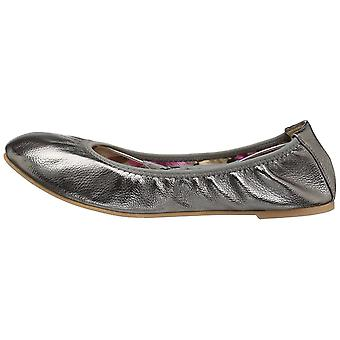 Journee Collection Womens Lindy Round Toe Ballet Flats