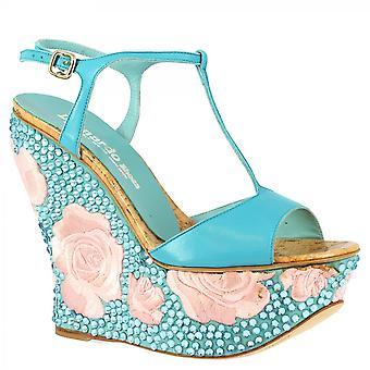 Leonardo Shoes Women's handgemaakte hoge wiggen schoenen in lichtblauwe napa leer met strass en roze bloemen geborduurd in satijn