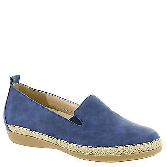 Beacon Womens Terri Fabric Closed Toe Loafers
