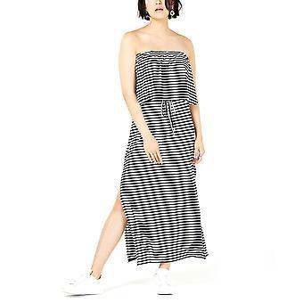بار الثالث | فستان ماكسي بدون حمالات