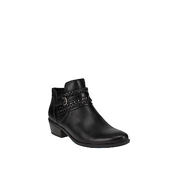Baretraps | Giles Pointed Toe Western Boots