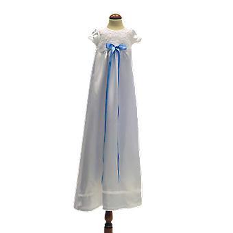 Vit Dopklänning Med Ljusblå Bred Rosett Grace Of Sweden  Ma.v