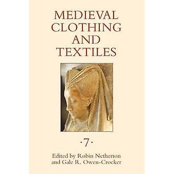 Medieval Clothing and Textiles 7