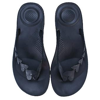 Women's Fit Flop iQushion Love Flip Flops in Black