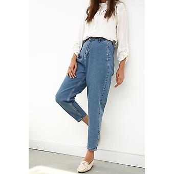 Elastic Back Waist Mom Jeans