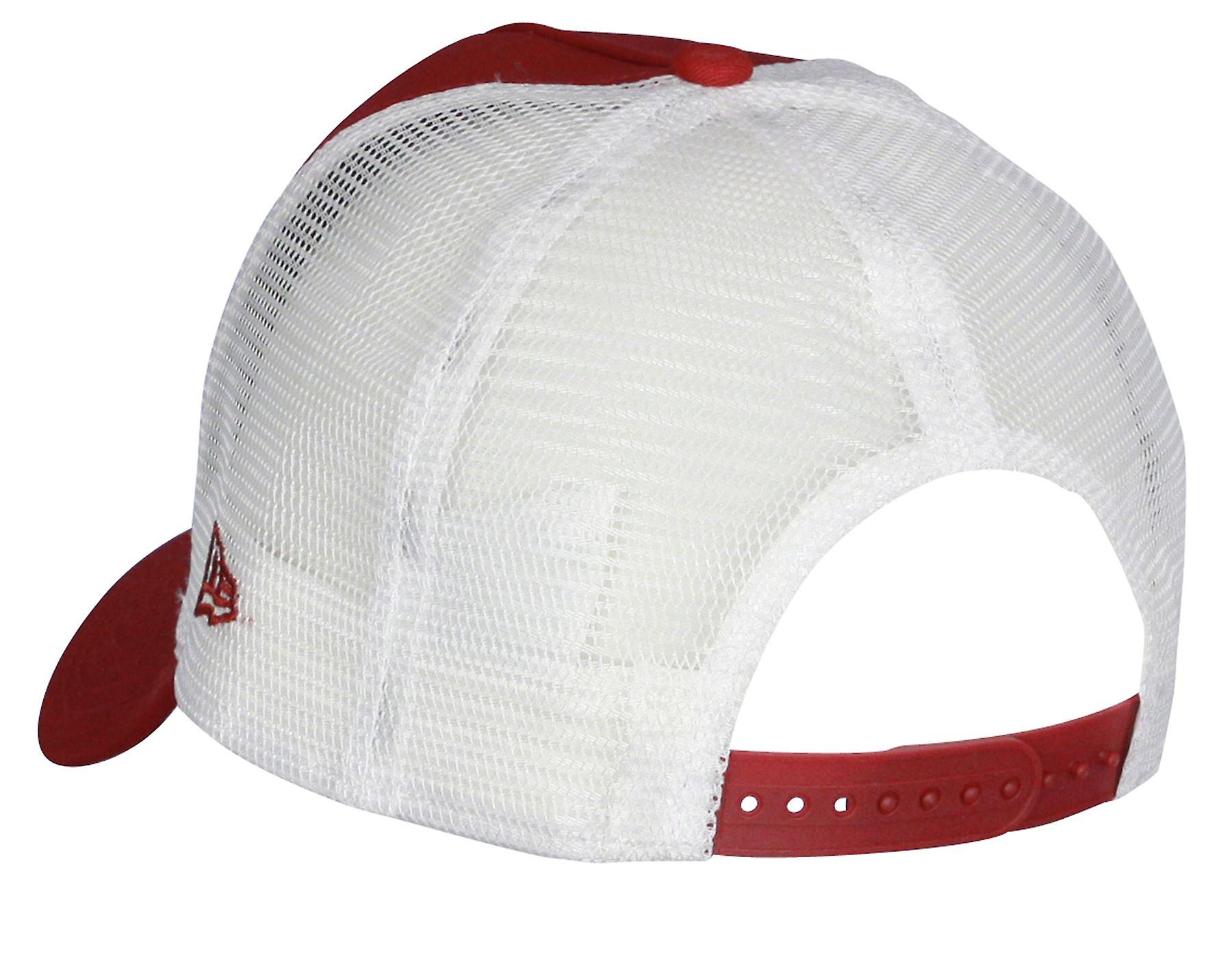 New Era Team Essential Trucker Cap ~ Cleveland Cavaliers