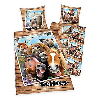 Horse Selfies Single Dekbed Cover en Pillowcase Set - Europese maat
