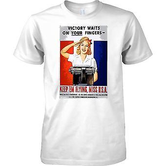 Keep Em Flying - WW2 Propaganda Poster - Allied World War - Mens T Shirt