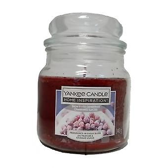 Yankee Candle Snow Kisses Cranberries Medium Jar Candle