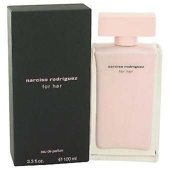 Narciso Rodriguez Eau De Parfum Spray por Narciso Rodríguez 3.3 oz Eau De Parfum Spray