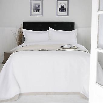 300 Thread Easy Care Polycotton SATIN STRIPE (2cm) Bed Linen